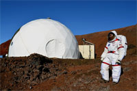 Food researchers emerge after months in Mars mission simulation experiment